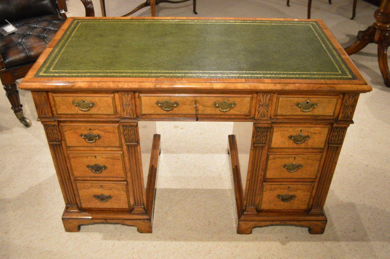 European Beautiful Burr Walnut Late Victorian Period Antique Pedestal Desk  For Sale - Beautiful Burr Walnut Late Victorian Period Antique Pedestal Desk