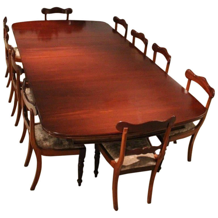 Mahogany Early Victorian Period Extending Dining Table at  : 1173478l from www.1stdibs.com size 768 x 768 jpeg 50kB