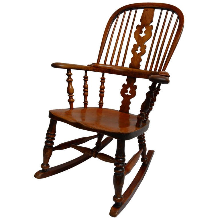 Windsor Rocking Chair at 1stdibs