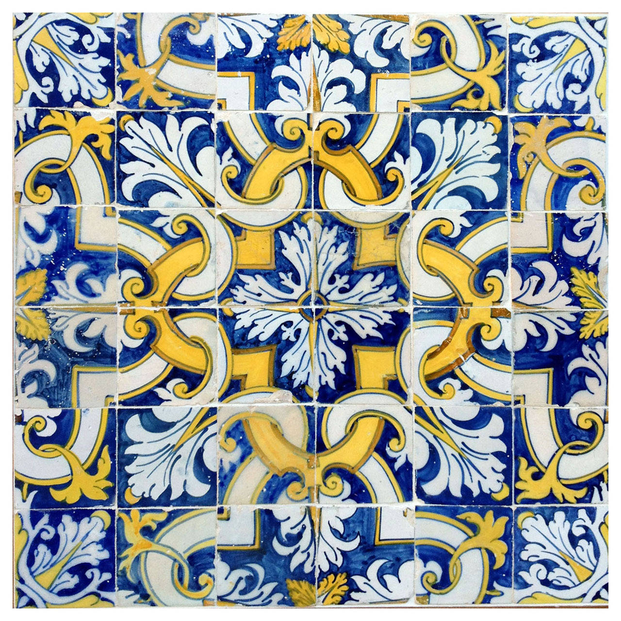 17th Century Portuguese Tile Pattern For