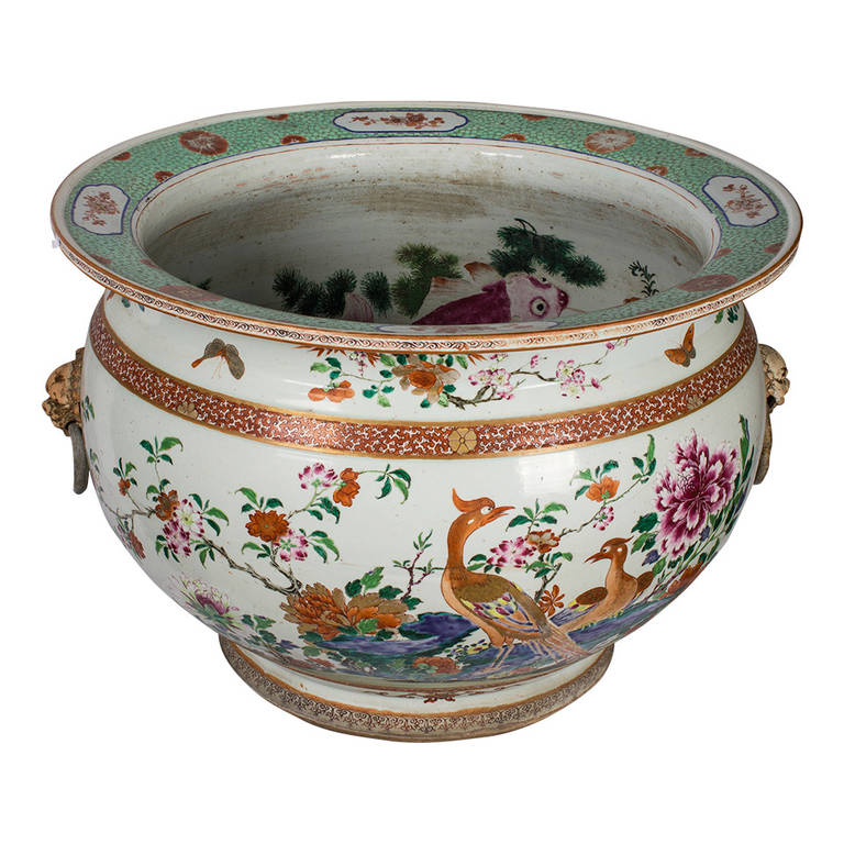 Very large chinese porcelain fish bowl with polychrome for Large fish bowl