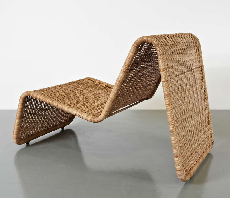 Lounge chairs, model P3, designed by Tito Agnoli around 1960. Manufactured by Pierantonio Bonacina (Italy) Tubular lacquered steel frame, woven wicker, modular system model that might be used for indoors and outdoors. Both in original