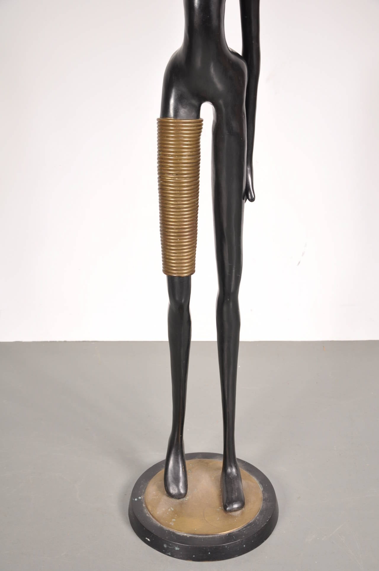 Mid-Century Modern Large Bronze African Lady Sculpture in Hagenauer Style, circa 1950 For Sale