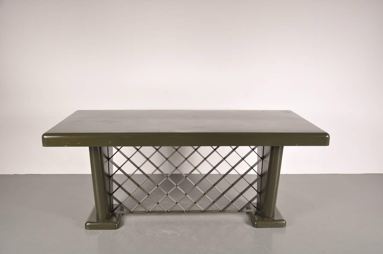 German Art Deco Metal Table, circa 1930 For Sale 1