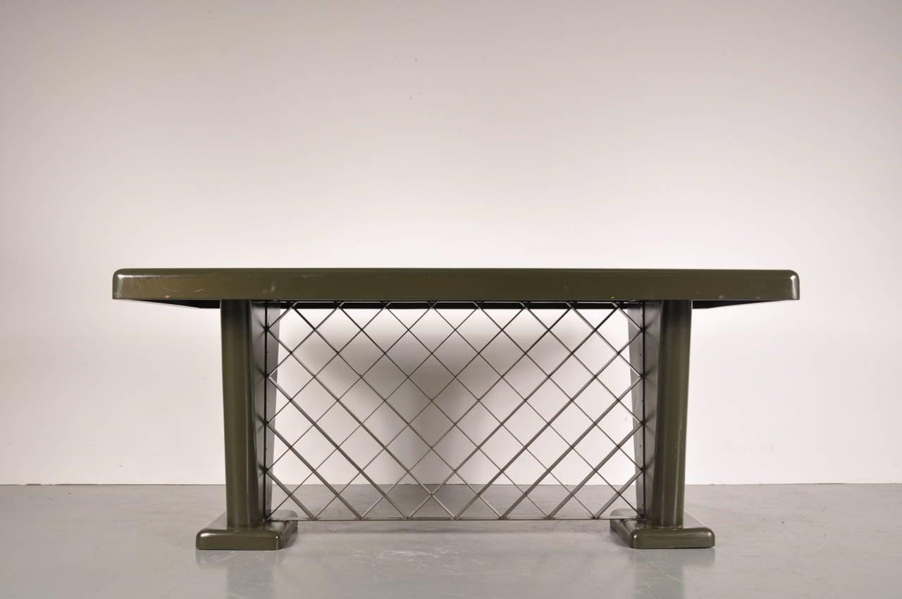 Mid-20th Century German Art Deco Metal Table, circa 1930 For Sale