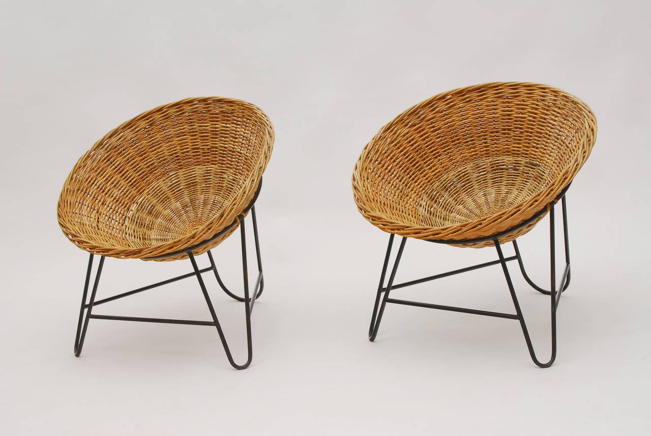 Set of Two French Wicker Chairs circa 1950 For Sale at
