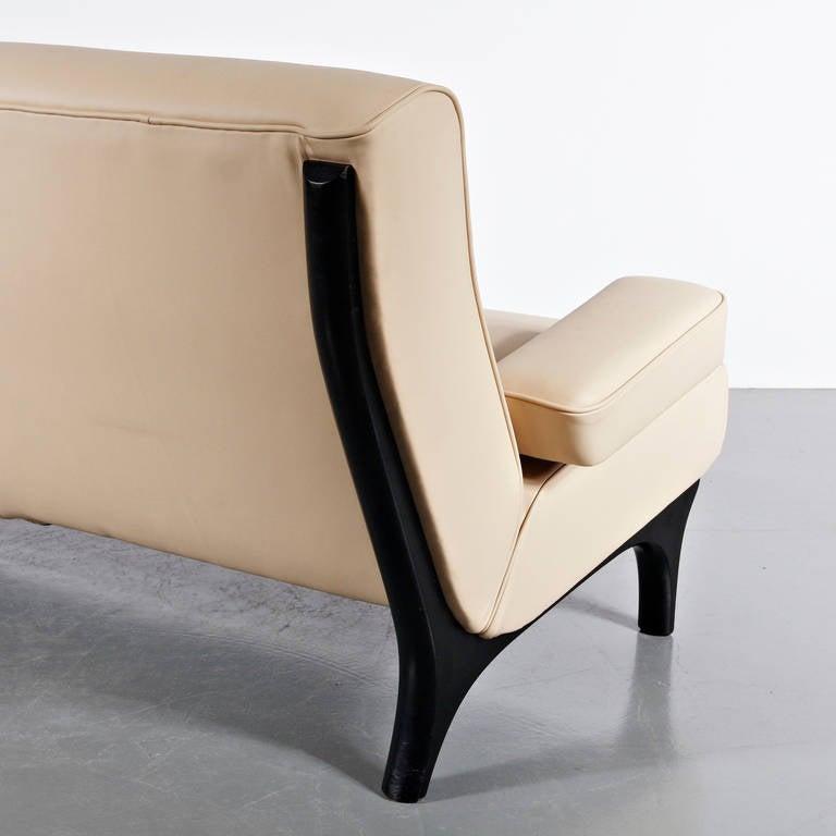 Mid-Century Modern Eugenio Gerli Leather Sofa for Tecno, circa 1960 For Sale