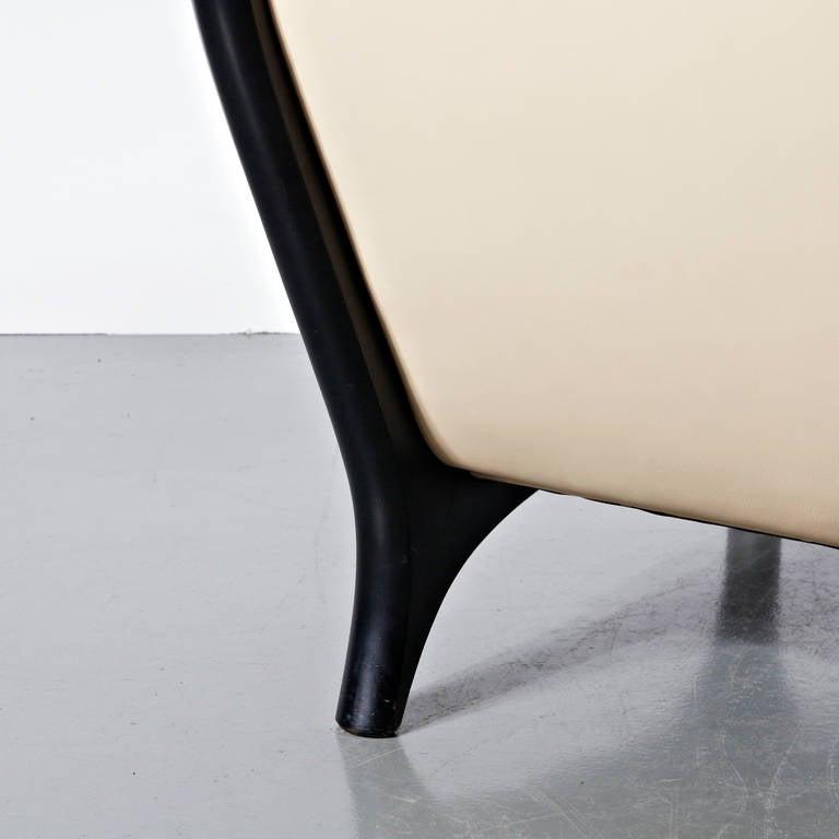 Lacquered Eugenio Gerli Leather Sofa for Tecno, circa 1960 For Sale