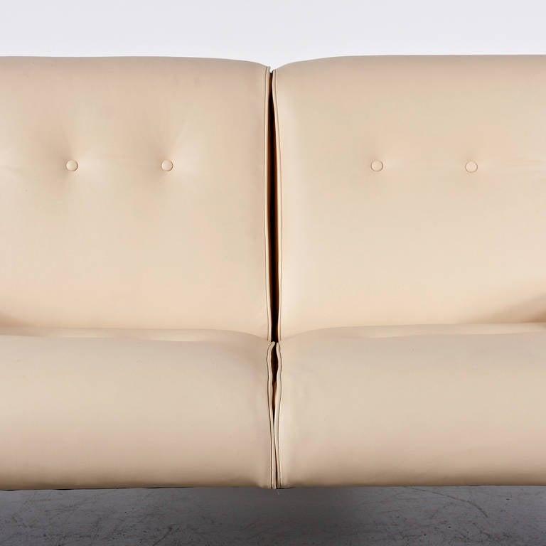 Mid-20th Century Eugenio Gerli Leather Sofa for Tecno, circa 1960 For Sale