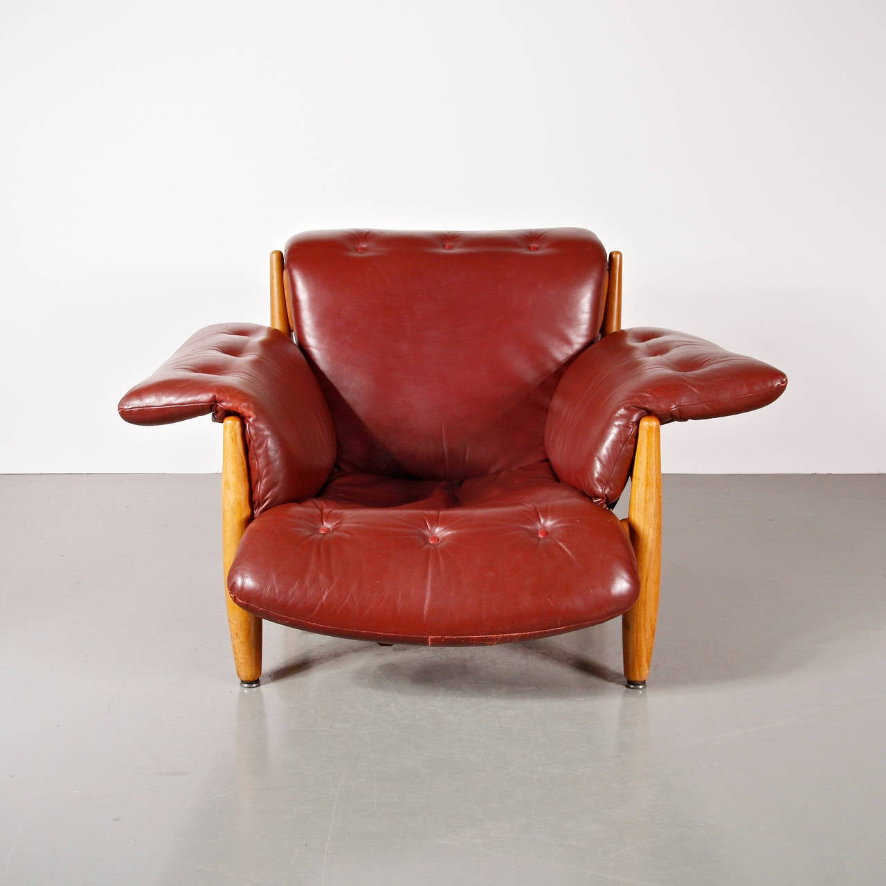Sheriff Chair By Sergio Rodrigues For ISA, Brazil, Circa 1960 3