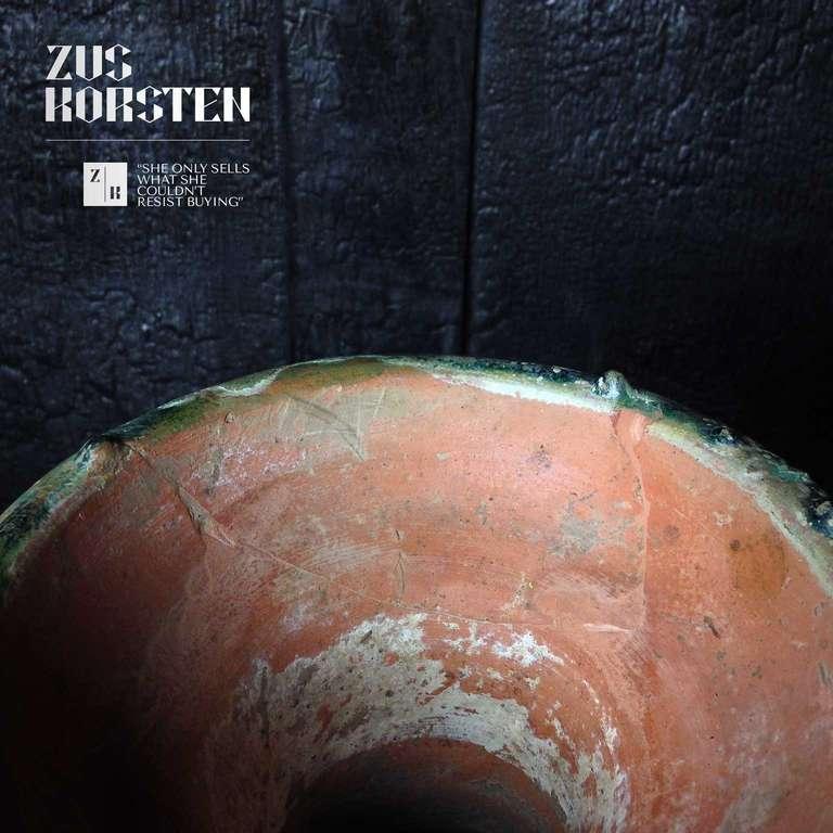 Han Dynasty Green-Glazed Red Pottery 'Hu' Jar For Sale 3