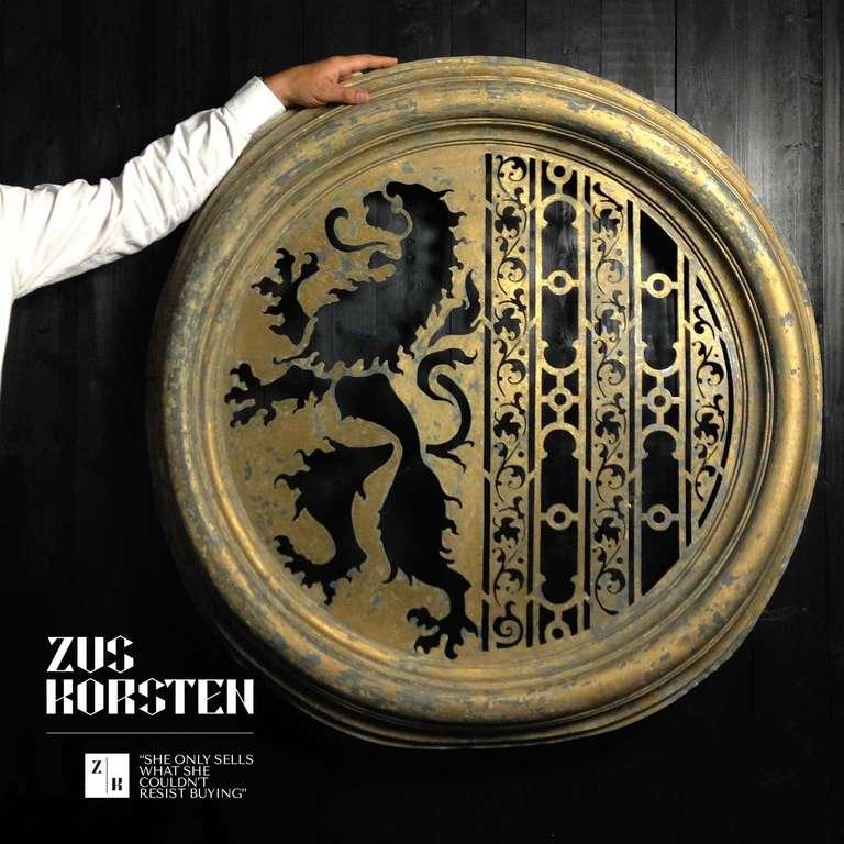 19th Century Zinc Oeil de Boeuf with Lion Ornamentation For Sale