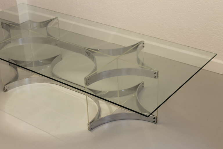 Alessandro Albrizzi Lucite, Glass and Chrome Coffee Table For Sale 2