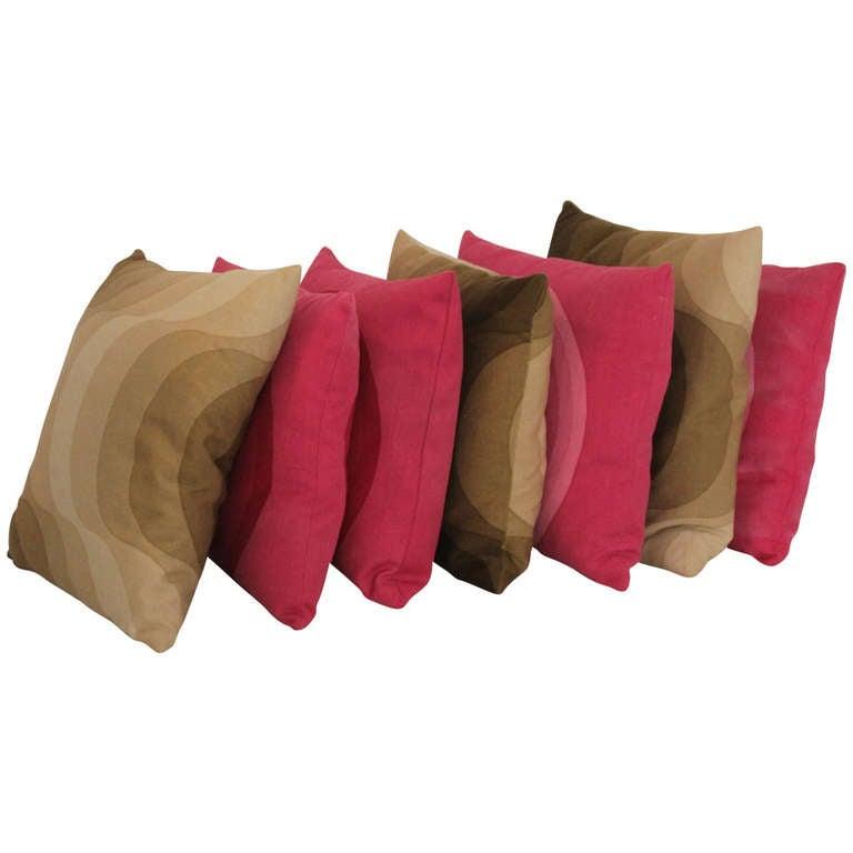 Verner Panton Mira-X Feathers Pillows