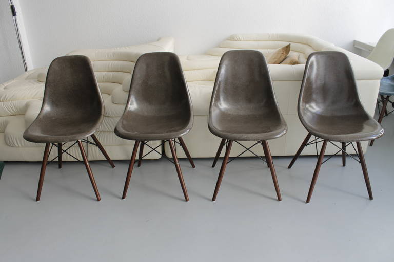 eames dowel chocolate brown fiberglass side chairs at 1stdibs. Black Bedroom Furniture Sets. Home Design Ideas