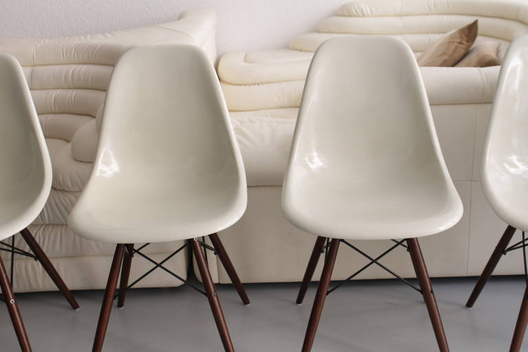Eames Dowel Off White Fiberglass Side Chairs 3