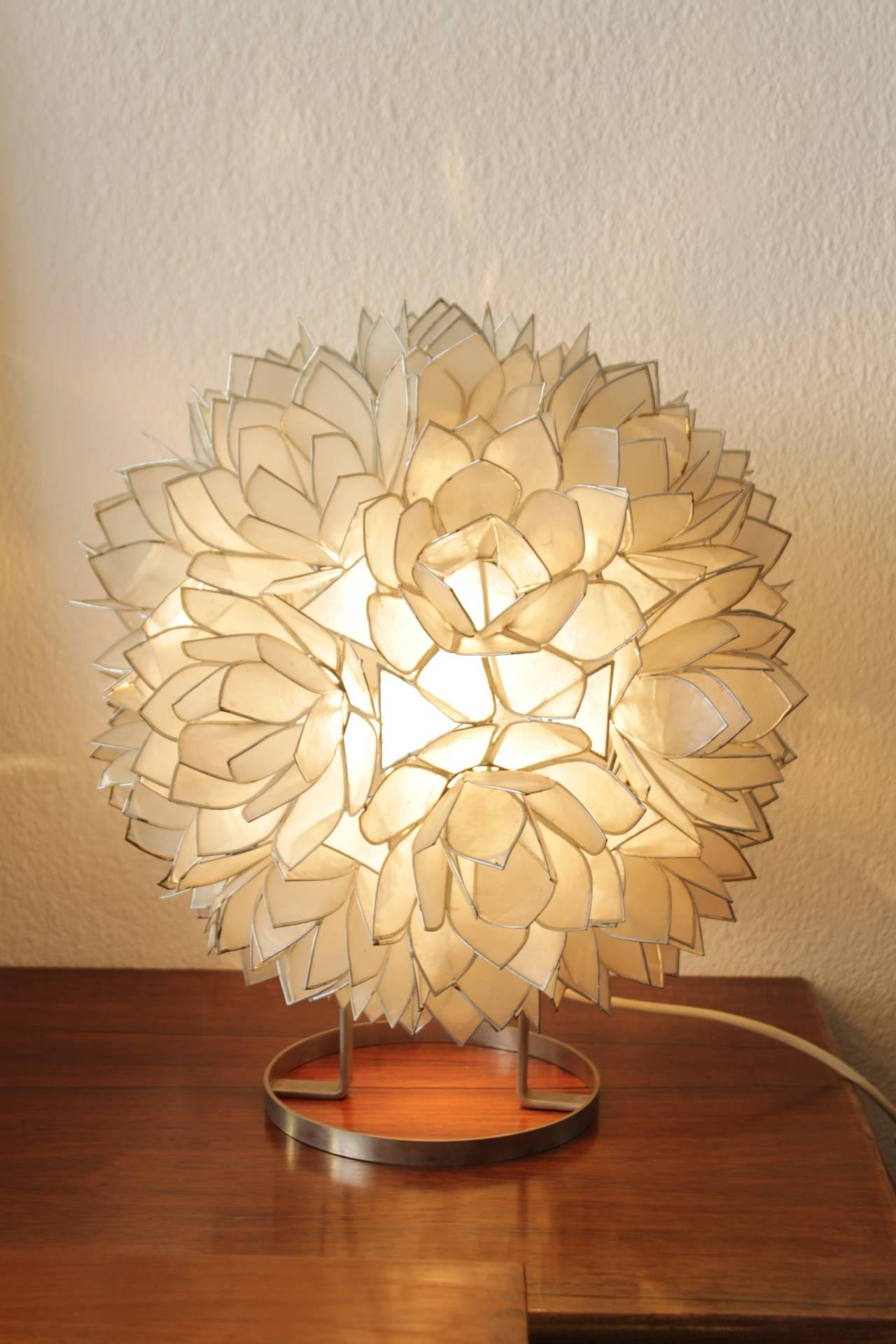Ordinaire 1970u0027s Capiz Shell Table Lamp