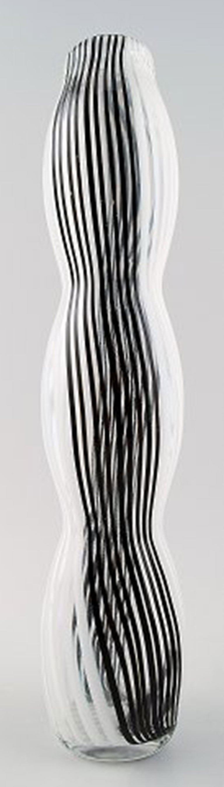 murano large art glass vase unstamped black and white striped  - murano large art glass vase unstamped black and white striped