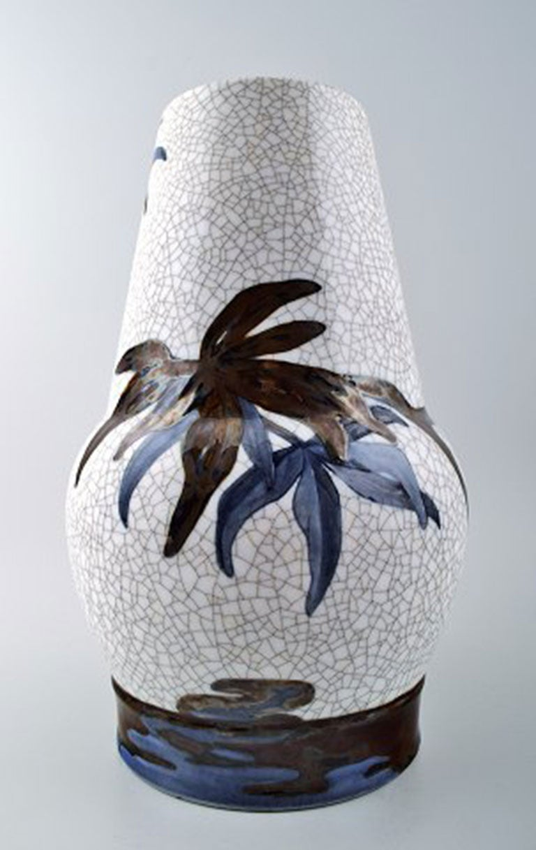 Unique Effie Hegermann-Lindencrone: Vase porcelain, B& G Bing & Grondahl, modeled in light relief. Number 1998/28. Measures: Height 35.5 cm. 1st. factory quality, in perfect condition.