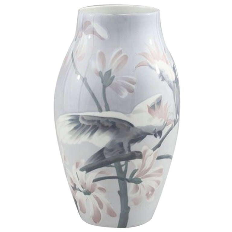 Paris Porcelain Art Nouveau Period Lamp Chinese Taste: Rorstrand Art Nouveau Porcelain Vase, Karl Lindstrom