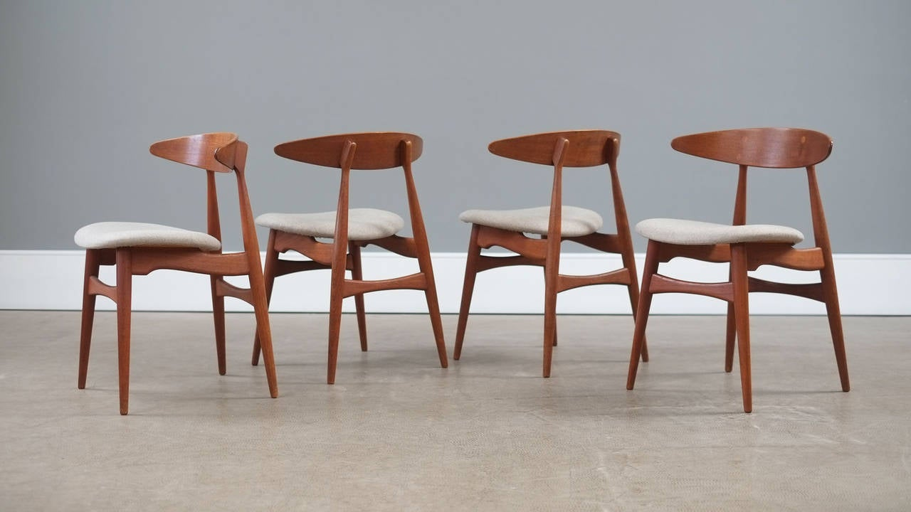 hans wegner ch33 chairs at 1stdibs. Black Bedroom Furniture Sets. Home Design Ideas
