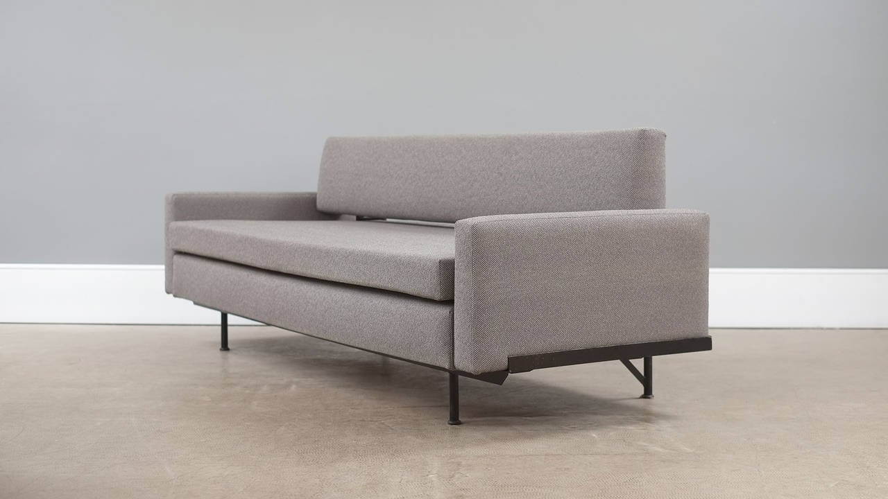 florence knoll sofa or daybed at 1stdibs. Black Bedroom Furniture Sets. Home Design Ideas