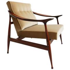 Elegant Italian 1950 Armchair By Reguitti