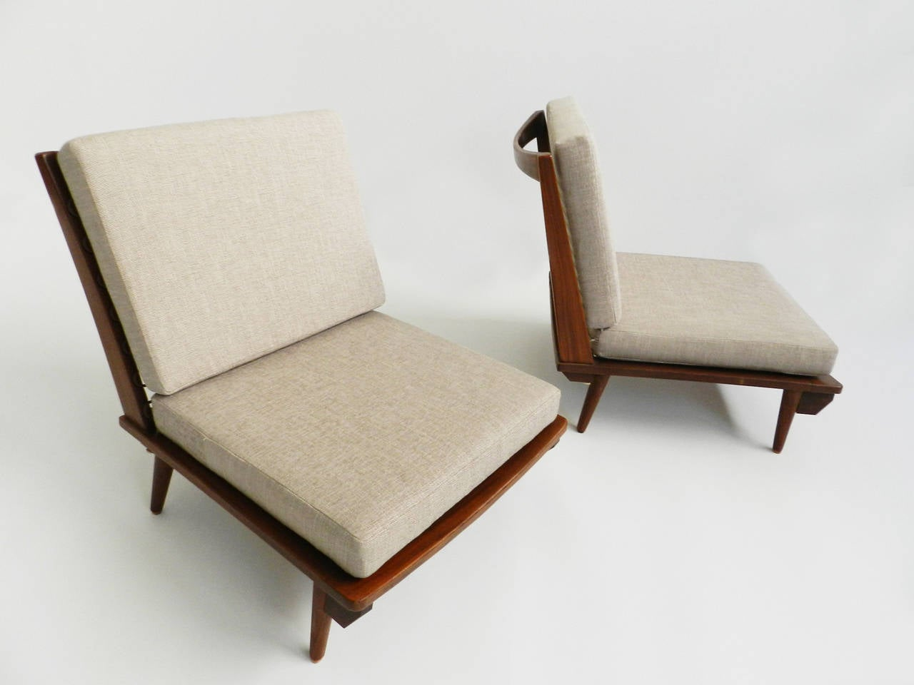 Minimal low lounge chairs in japanese style at 1stdibs for Japanese furniture