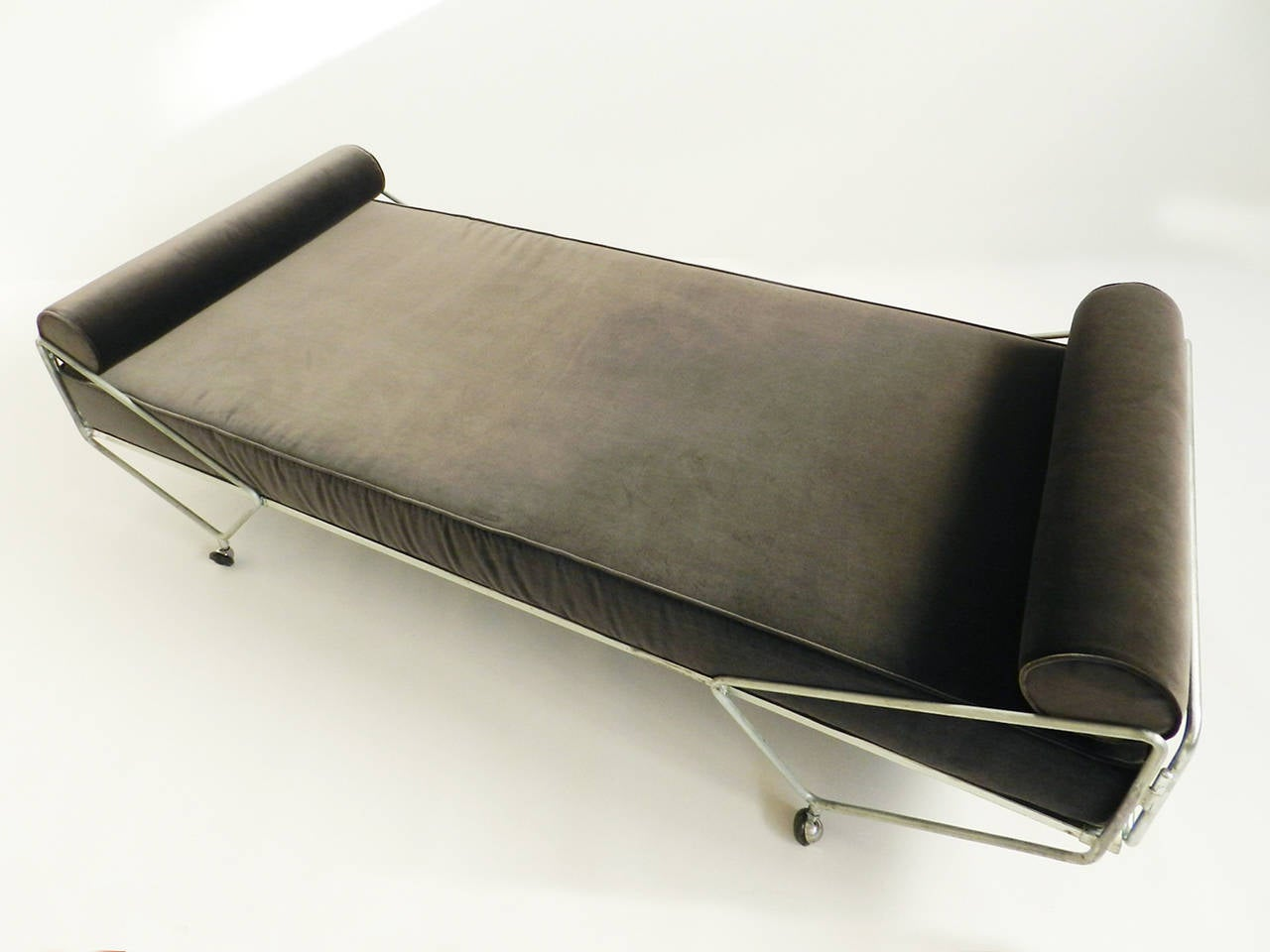 Gio Ponti Daybed from the Apta Series 3