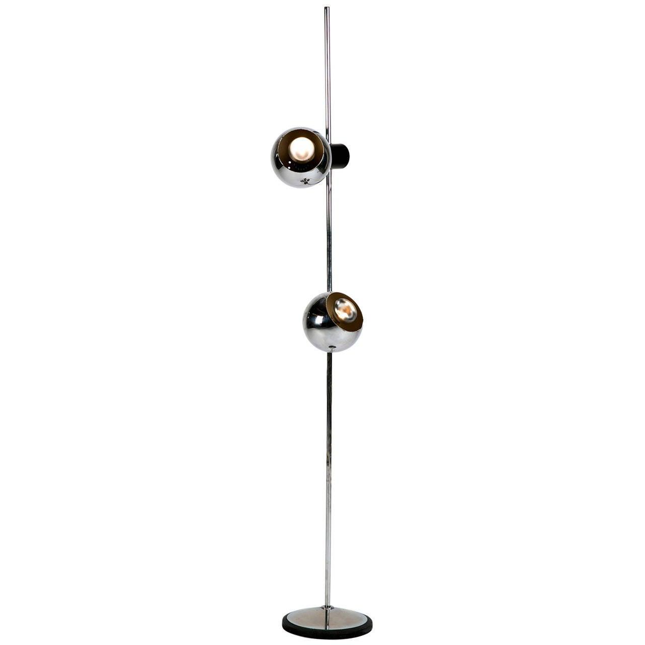 Italian chrome spots floor lamp by reggiani italy 60s at for Reggiani chrome floor lamp