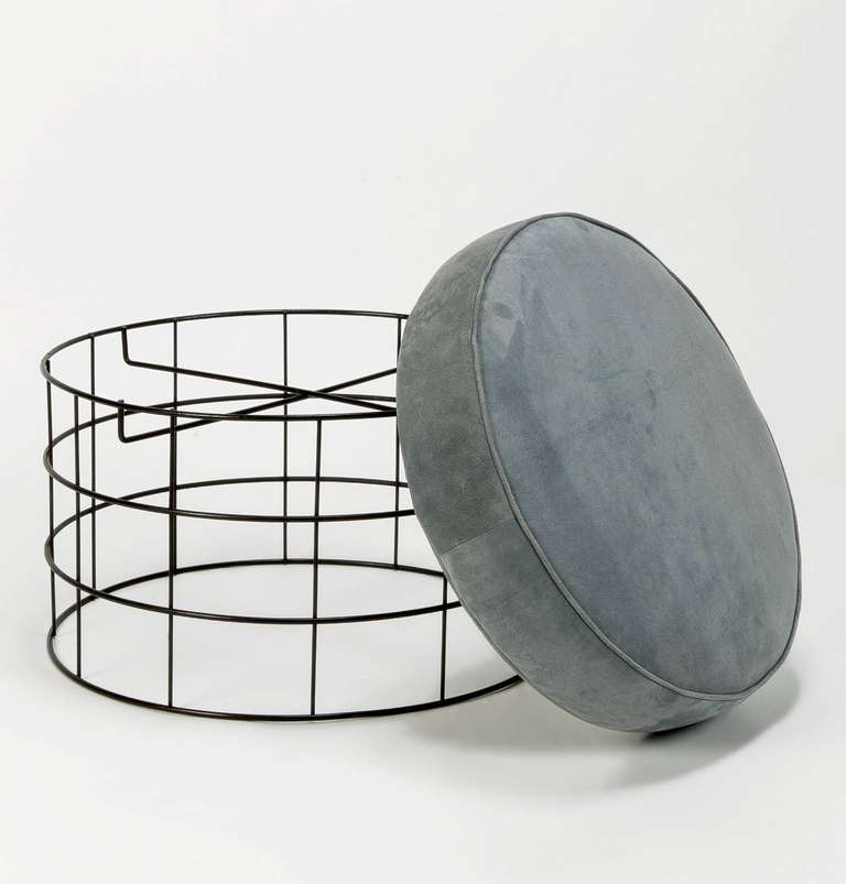 Mid-Century Modern Rare Wireframe T1 Plus Stool with Suede Leather by Verner Panton For Sale