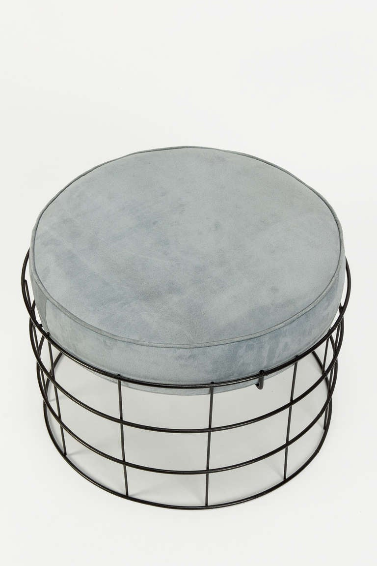 Rare Wireframe T1 Plus Stool with Suede Leather by Verner Panton In Excellent Condition For Sale In Basel, CH