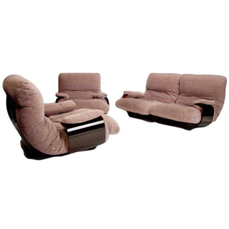 ligne roset sofa and lounge chairs by michel ducaroy at. Black Bedroom Furniture Sets. Home Design Ideas