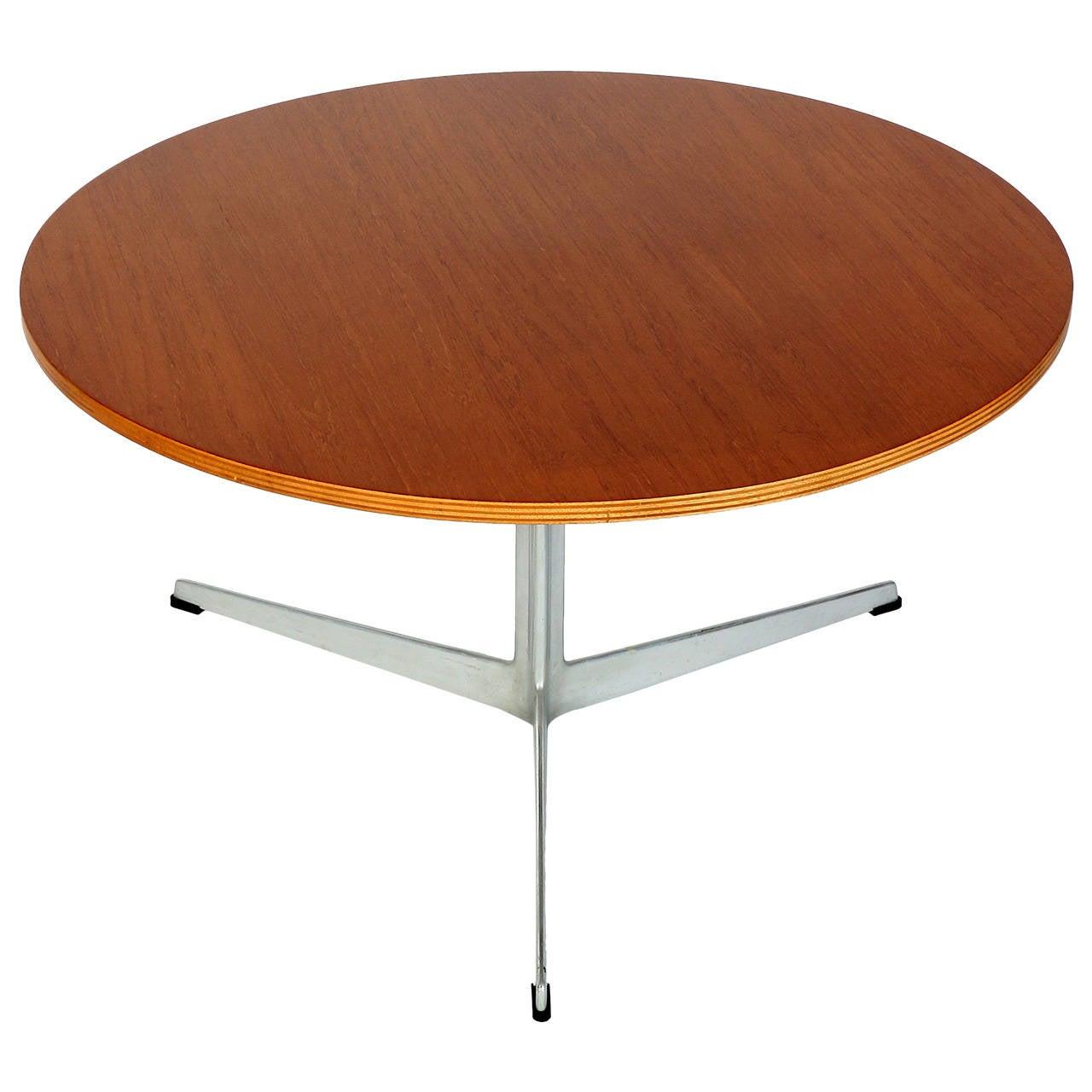 Danish Teak Coffee Table Model 3513 By Arne Jacobsen For Fritz Hansen At 1stdibs