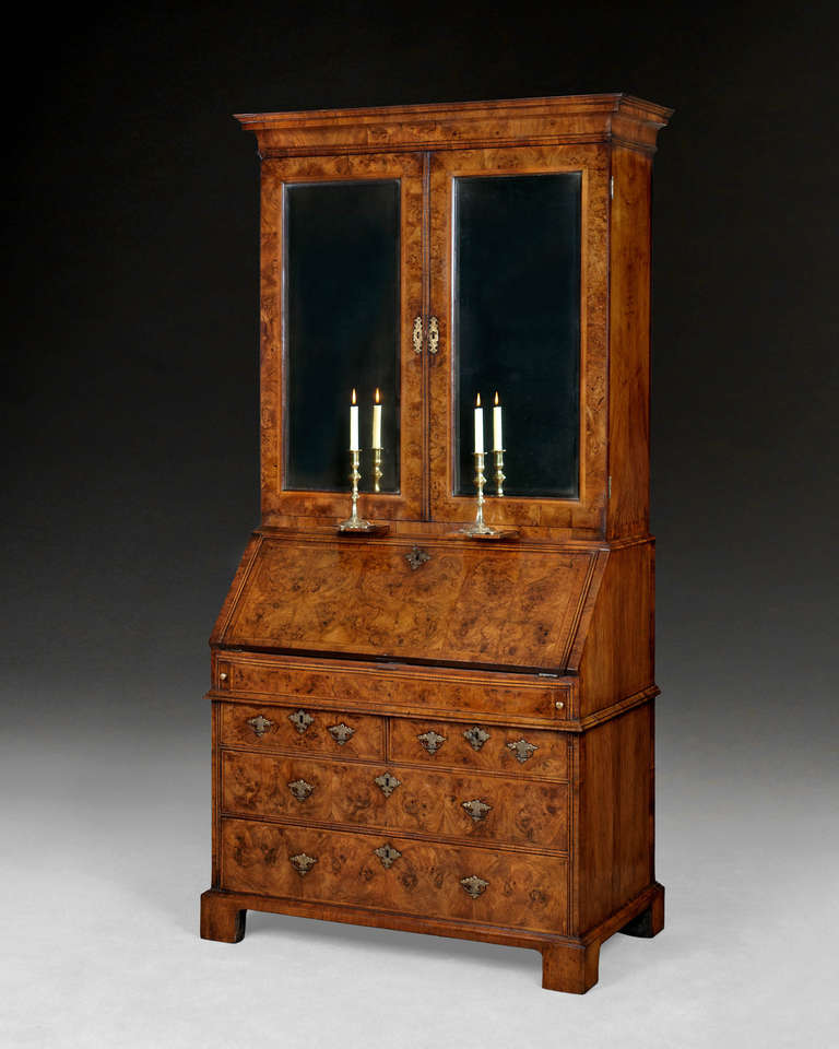 queen anne burr walnut bureau bookcase for sale at 1stdibs. Black Bedroom Furniture Sets. Home Design Ideas