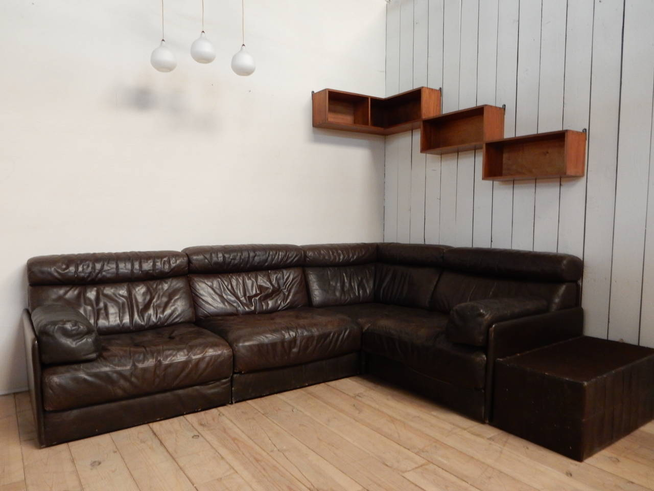 1970 de sede module leather sofa at 1stdibs. Black Bedroom Furniture Sets. Home Design Ideas