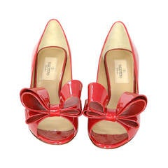 Valentino NEW Red Patent Leather Pep Toe Bow Kitten Heels sz 36 rt. $745