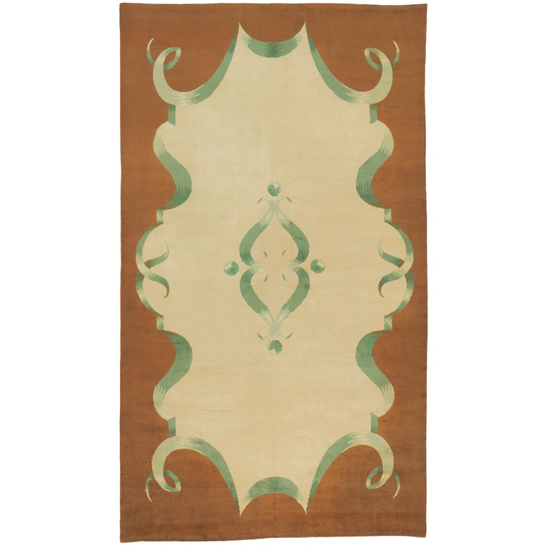 20th Century French Art Deco Carpet For Sale
