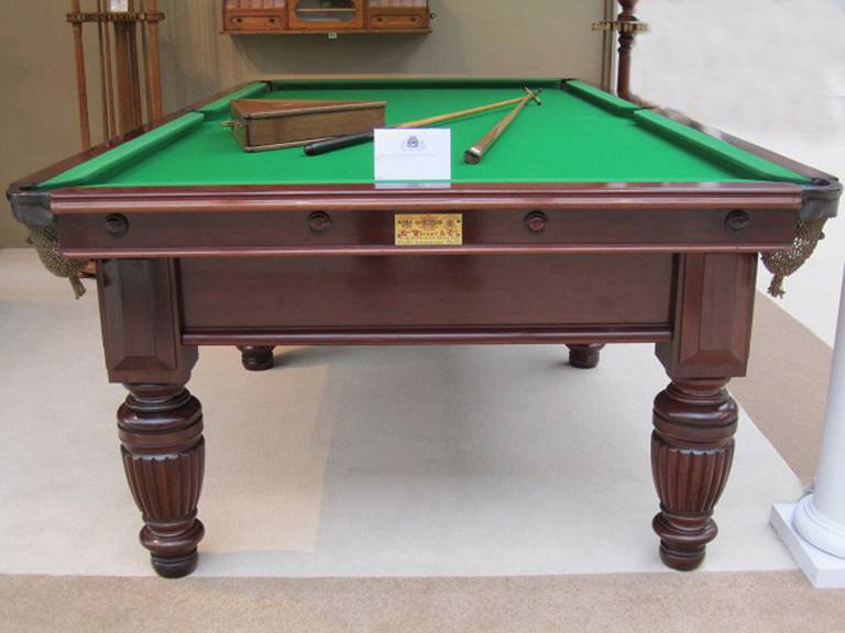 Victorian three quarter size english billiard table at 1stdibs for 10ft x 5ft snooker table