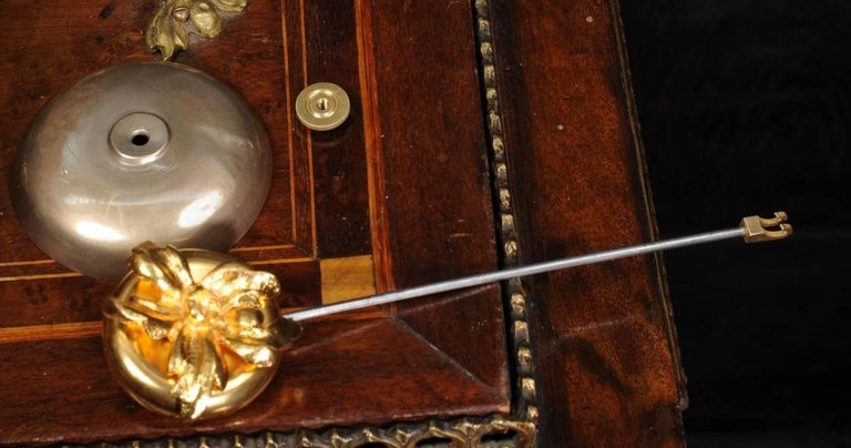 Superb Rococo Ormolu Clock with Visible Pendulum by Emile Colin, Paris For Sale 6
