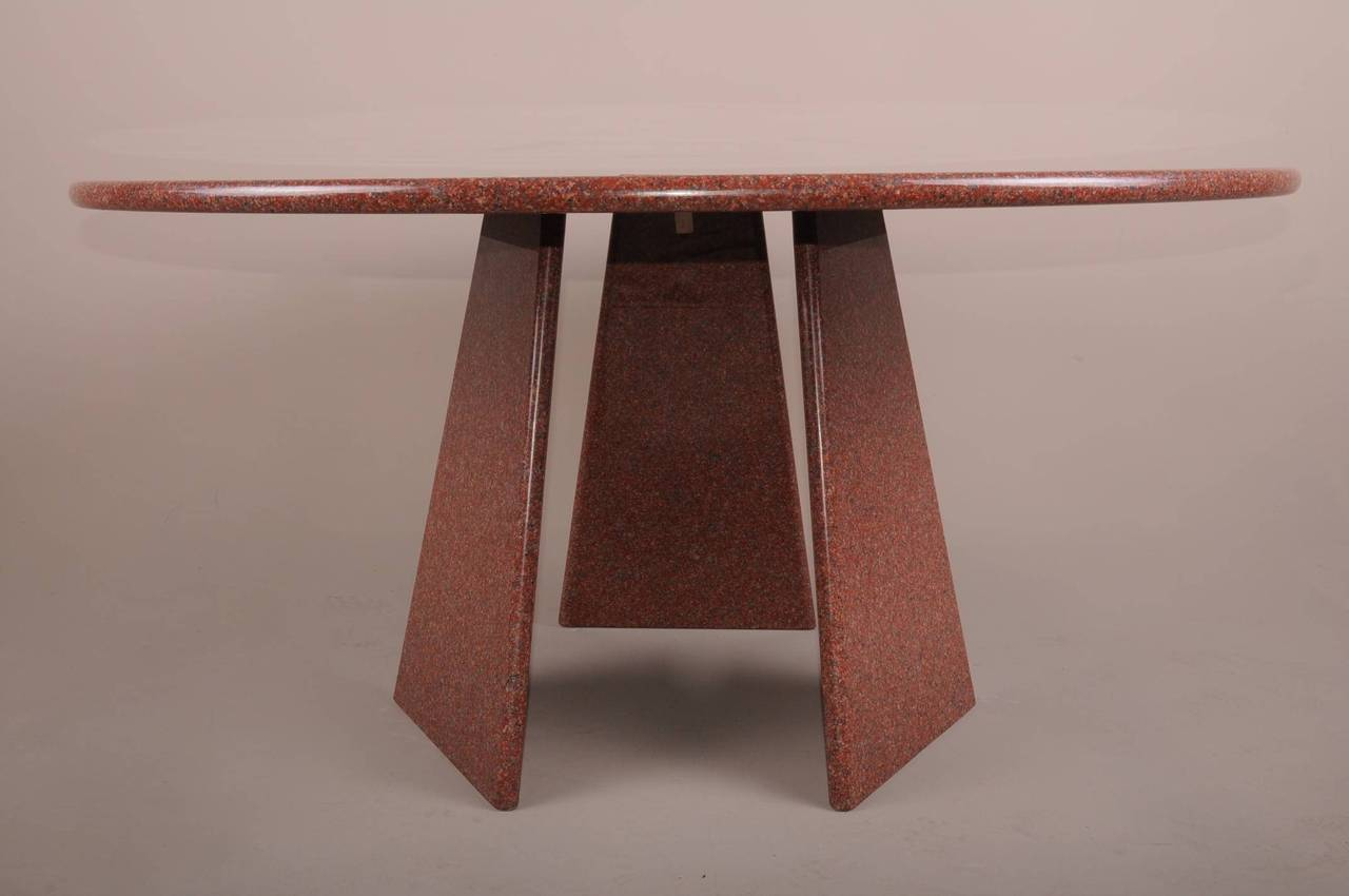 Big Asolo Dining Table by Angelo Mangiarotti in a Red  : DSC0133l from www.1stdibs.com size 1280 x 850 jpeg 58kB
