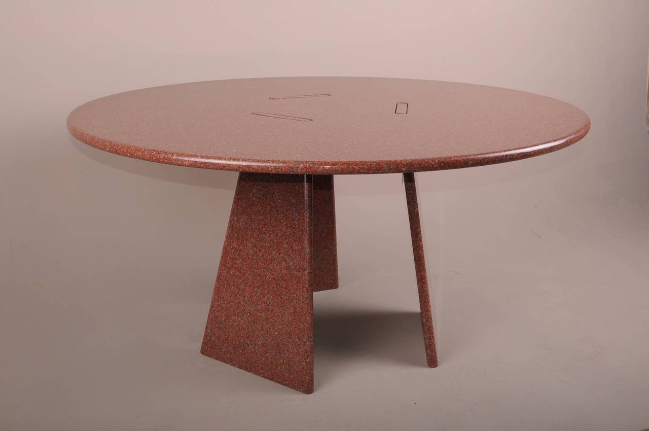 Big Asolo Dining Table by Angelo Mangiarotti in a Red  : DSC0137l from www.1stdibs.com size 1280 x 850 jpeg 51kB