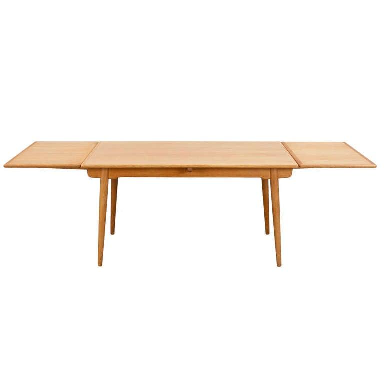 Extendable Dining Table In Oak By Hans J Wegner At 1stdibs
