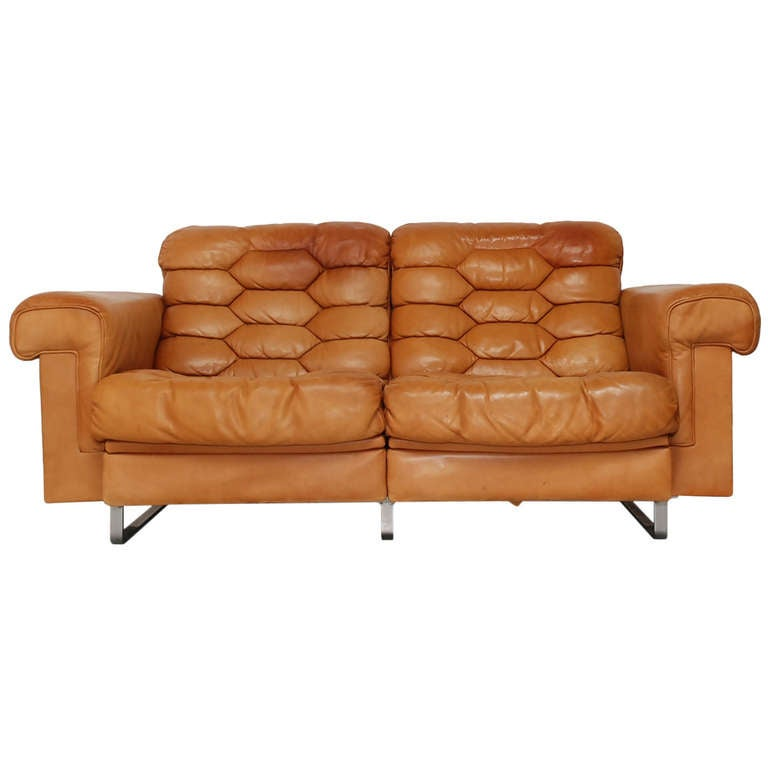 superb original de sede ds p two seater couch in cognac leather at 1stdibs. Black Bedroom Furniture Sets. Home Design Ideas