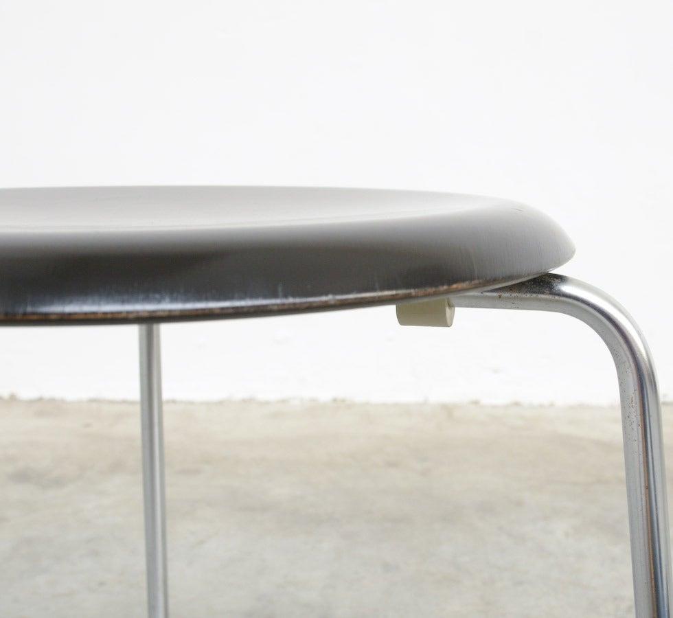 Dot Stool By Arne Jacobsen For Fritz Hansen For Sale At