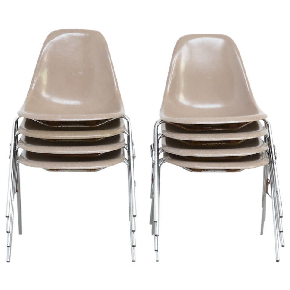 Fiberglass Side Chairs by Charles and Ray Eames for Herman Miller 1