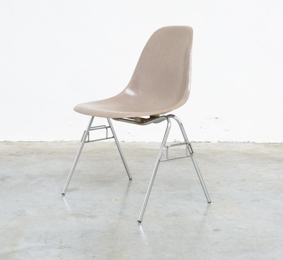 Fiberglass Side Chairs by Charles and Ray Eames for Herman Miller 5