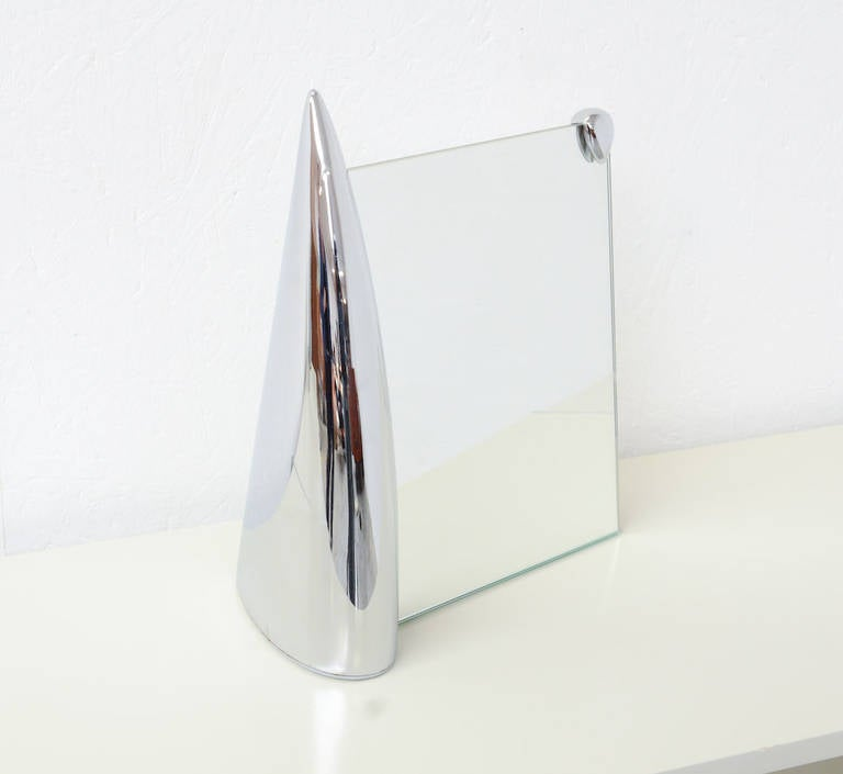 Shark mirror by philippe starck for pr sence paris at 1stdibs for Philippe starck miroir