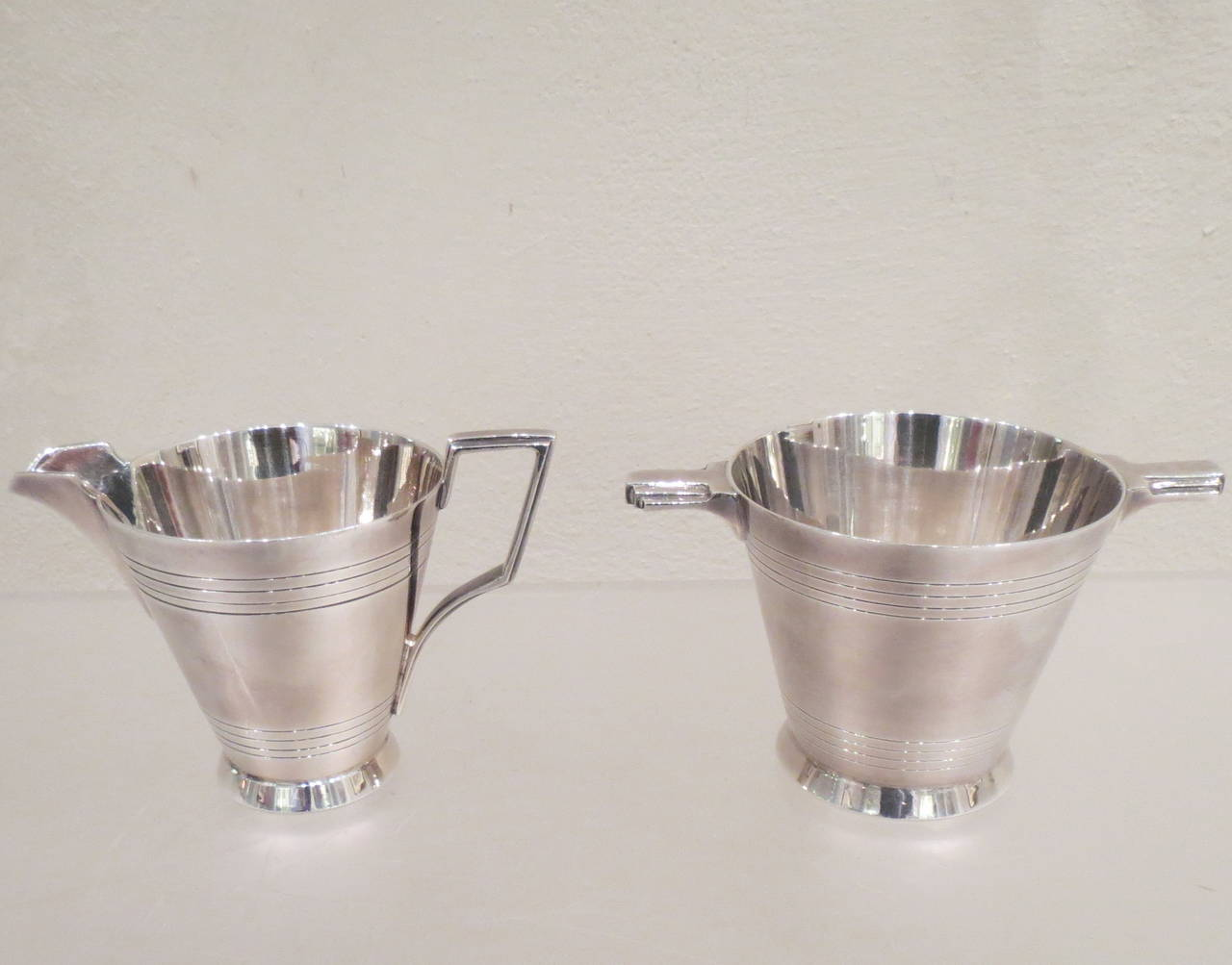Four-Piece Art Deco Silver Plate Tea and Coffee Service by Walker & Hall For Sale 4