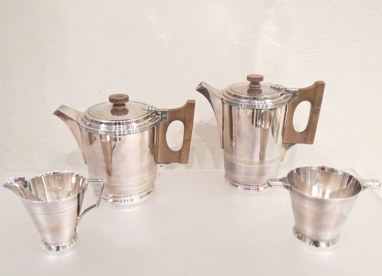 Four-Piece Art Deco Silver Plate Tea and Coffee Service by Walker & Hall For Sale 5